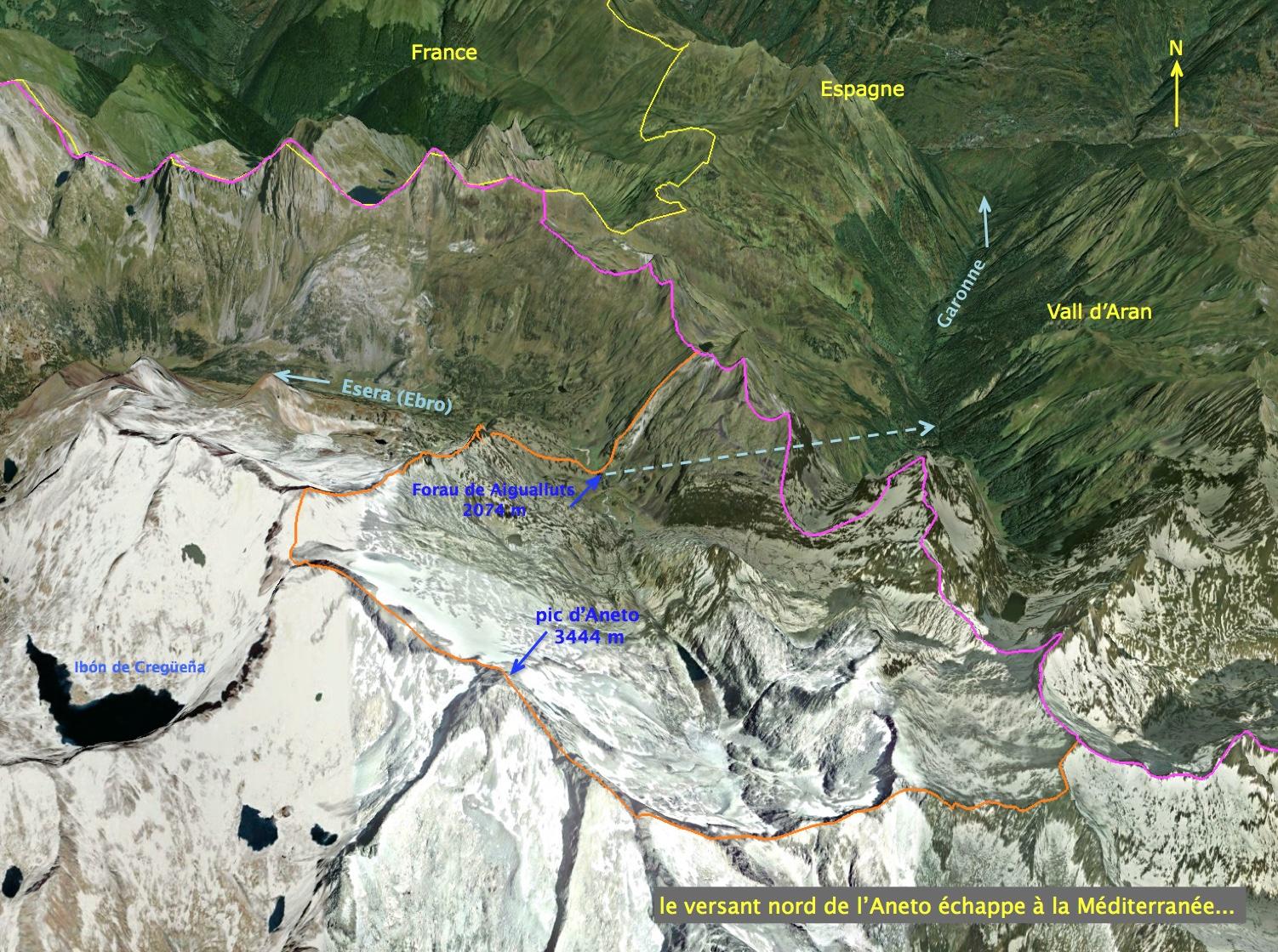 Les écoulements du versant nord de l'Aneto sont collectés par le Forau de Aigualluts et rejoignent la Garonne.